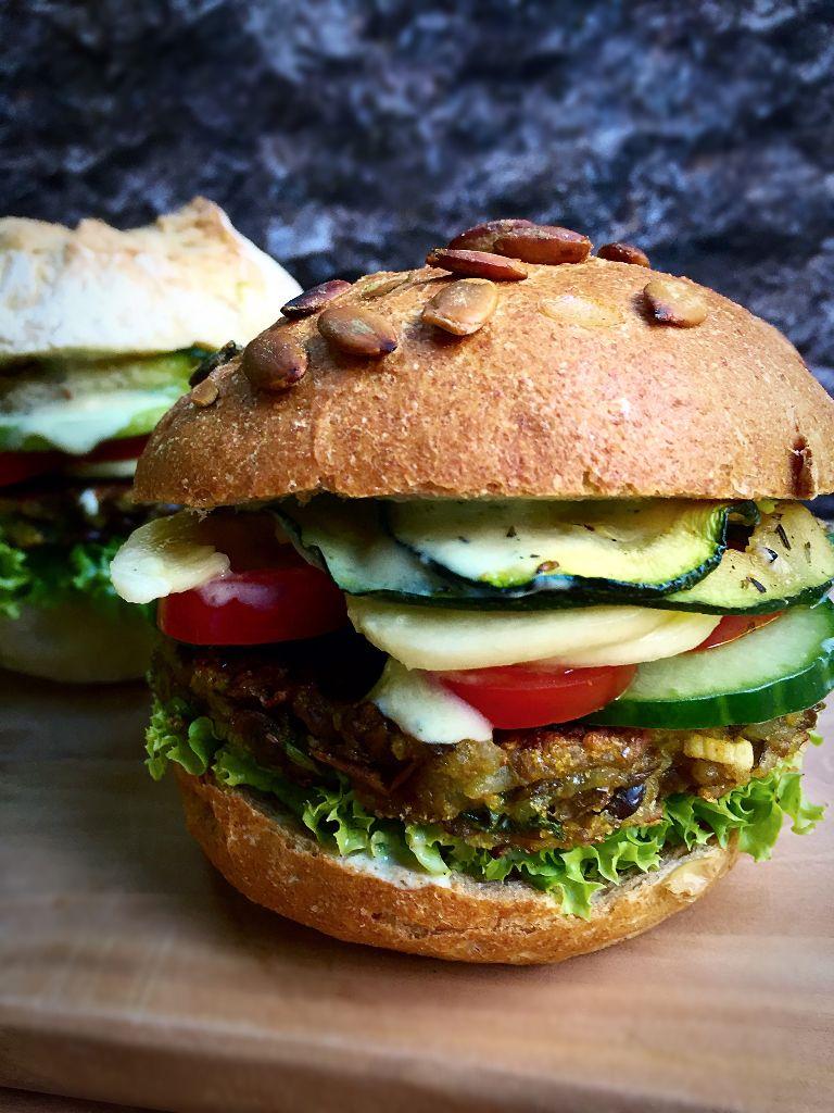 Vegan Rice-Lentil Burger