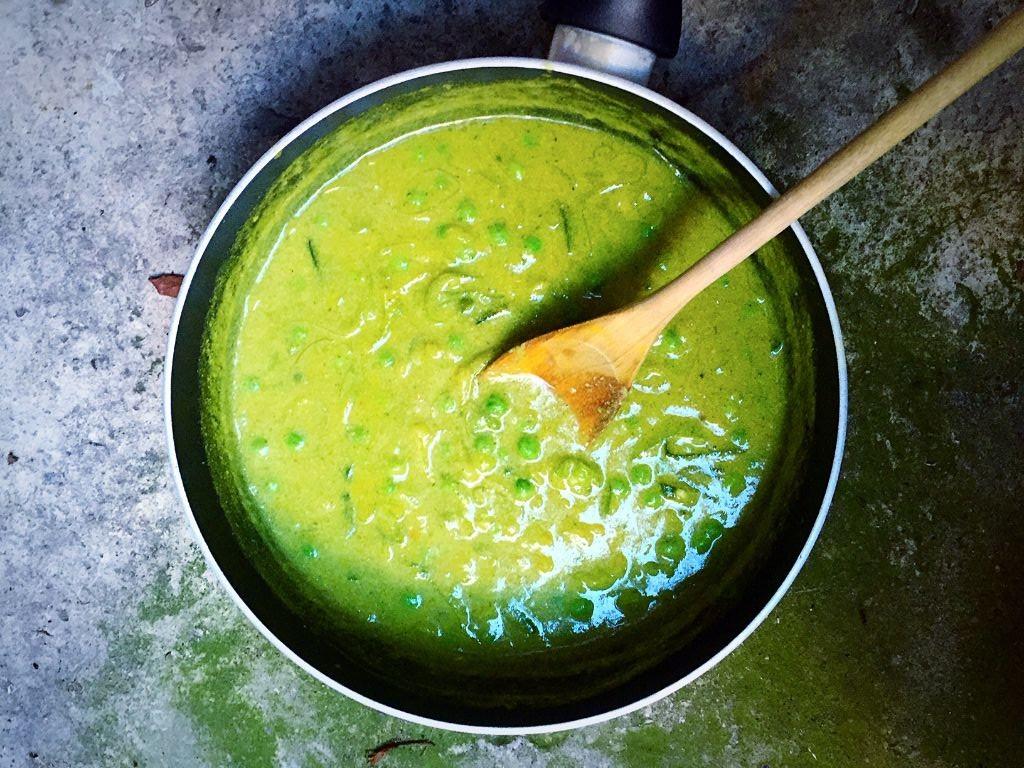 Green Vegan Veggie Sauce