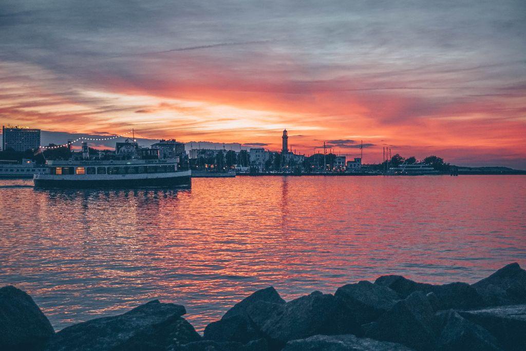 Sonnenuntergang Warnemünde an der Ostsee