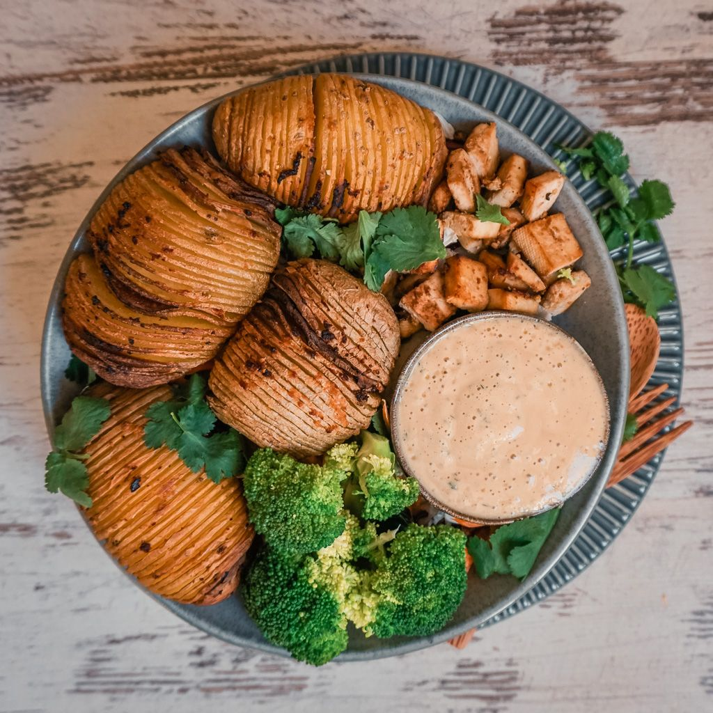 Hasselback Potatoes with Creamy Cashew Sauce