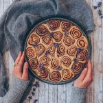 (Kanelbullar) Swedish Cinnamon Rolls | vegan