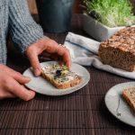 Proteinreiches und luftiges Multikorn Brot
