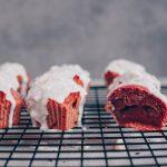 Red Velvet Muffin Herzen mit Frosting – oil-free