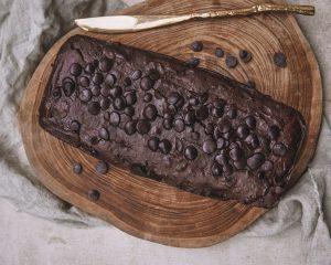 Esta imagem possuí um atributo alt vazio; O nome do arquivo é best-vegan-healthy-chocolate-cake-300x240.jpg